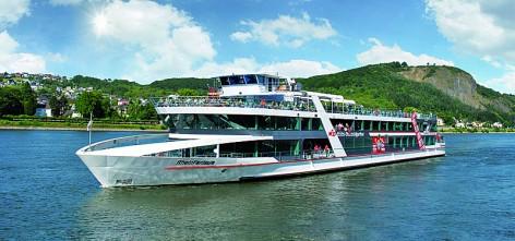Ausblick und kulinarisches Angebot an Bord genießen. (Foto: www.k-d.com)