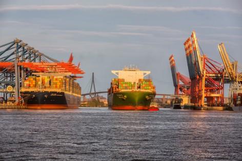 container_cma-cgm-alexander-von-humboldt-_copyright_hhm_glaubitt