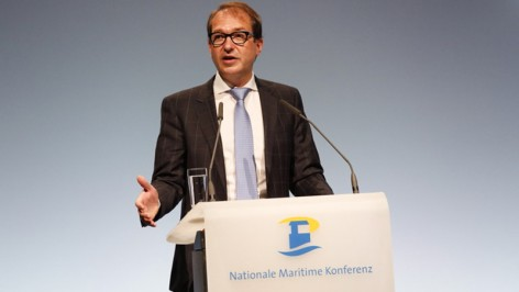 151020klein-minister-dobrindt-maritime-konferenz03