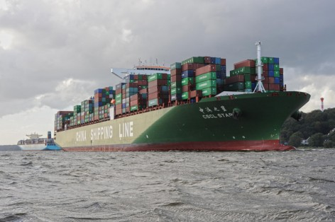 CSCL Star am 13.9.11 einkommend Hamburg