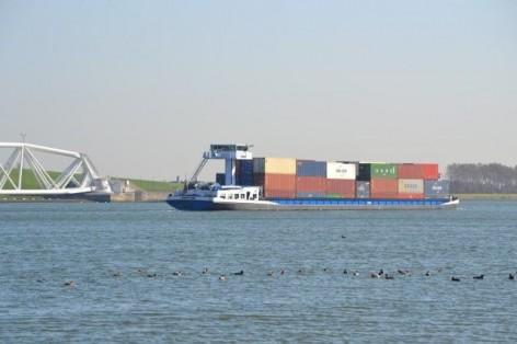 binnenvaart-maeslantkering