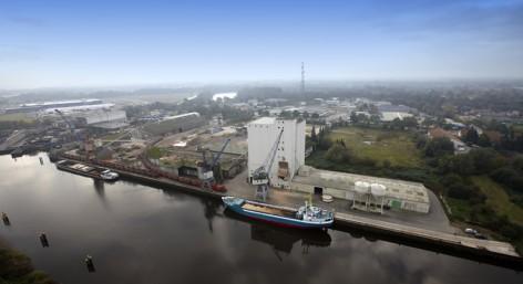 http___www.seaports.de_data_media_240_foto