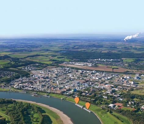 Der Chemiestandort wächst – und der Hafen mit: Standorte der beiden geplanten neuen Tankerbrücken im Hafen des Chempark Dormagen