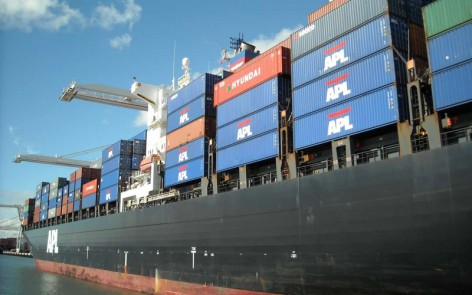 container_ship_apl_sweden