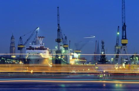 Europa, Deutschland, Hamburg, Trockendock der Blohm & Voss Werft