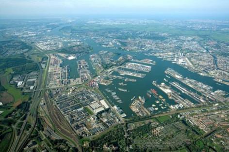 waalhaven-luchtfoto