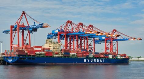 Eurogate Containerterminal Hamburg, CTH: Erstanlauf des Containerschiffes Hyundai Forward (IMO: 9330707, built: 2007, 4571 TEU. photo/© Sabine Vielmo. Nutzungsrechte Bildmaterial nach Vereinbarung. All rights reserved. No publication of the images without agreement.